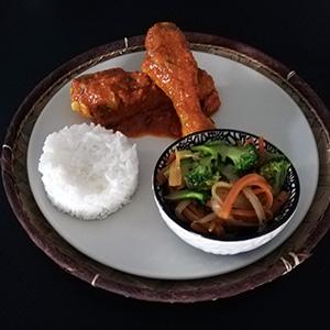 Cari-de-poulet-dakatine-arachides
